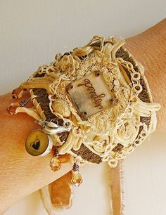 I'm the lucky owner of this beautiful Nina Bagley bracelet! Fiber Art Jewelry, Mixed Media Jewelry, Textile Jewelry, Fabric Jewelry, Jewelry Art, Jewelry Design, Cuff Jewelry, Fabric Bracelets, Cuff Bracelets