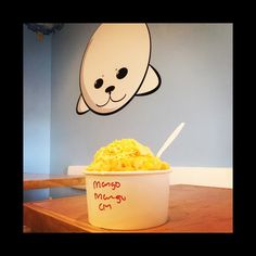 Let's all have some shaved.   #snowflakeshavery #mango #dessert #fonestarrepair (at Snowflake Shavery)
