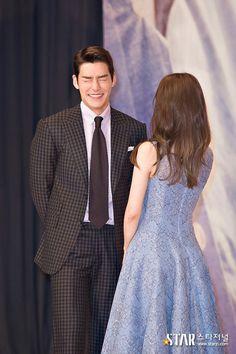 I'm ashamed - do not be shy Korean Drama Movies, Korean Actors, Uncontrollably Fond Korean Drama, Sad Movies, Dream Boyfriend, Drama Memes, Kim Woo Bin, Bae Suzy, Ji Chang Wook