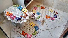 jogo de banheiro de croche com flores coloridas