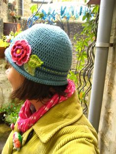Ta-Dah Hat from Lucy at Attic24 ~ free pattern