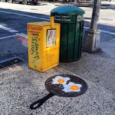 À New-York, le street artiste Tom Bob a envahi les rues avec sa créativité débordante. Objectif : transformer tout ce qu'il peut en personnages afin de rendre la ville plus amusante ! Certains street artistes sont connus pour leurs fresques gigantesques ou leurs illusions d'optique (exemple), d'autres préfèrent libérer leur créativité autrement notamment avec des petits …
