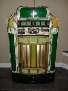 antique Jukebox 1940