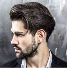 coiffure homme 2018 quiff moderne cheveux mi longs #hairstyles