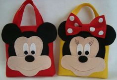 Sweetie/goodie/play bags x by Felt Diy, Felt Crafts, Diy And Crafts, Crafts For Kids, Mickey Mouse Crafts, Disney Crafts, Mickey Mouse Clubhouse, Mickey Minnie Mouse, Sewing Crafts