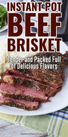 Do you love the incredible flavors of a beef brisket but don't want to mess with hours and hours of grilling or smoking? A tender, delicious slice of meat that slides right off your fork? Check out this most amazing Instant Pot Beef Brisket recipe for a Instant Pot Pressure Cooker, Pressure Cooker Recipes, Slow Cooker, Brisket In Pressure Cooker, Pressure Cooking, Best Instant Pot Recipe, Instant Pot Dinner Recipes, Instant Pot Beef Brisket Recipe, Best Brisket Recipe