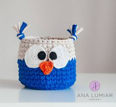 Ana Lumiar - Crochet Designer (@analumiarcrochet) | Instagram photos and videos Crochet Bowl, Crochet Basket Pattern, Crochet Yarn, Crochet Flowers, Painted Baskets, Crochet Carpet, Jute Crafts, Crochet Home Decor, Crochet For Kids