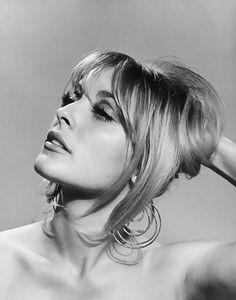 It's The Pictures That Got Small ... Sharon Tate, Black N White, Shakira, Just Love, Inspiration, Beautiful, Chanel, Icons, Thoughts