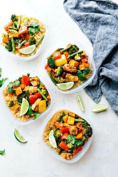 One Pan Healthy Chicken and Veggies - a great healthy way to meal prep for the week! I Recipe from chelseasmessyapron.com