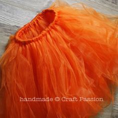 to make a tutu pumpkin costume, but i'm going to make a bazillion tutus from this idea!!!