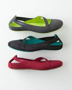 Barking Dog Shoes recommends 6 cute and comfy shoes for bunions ...