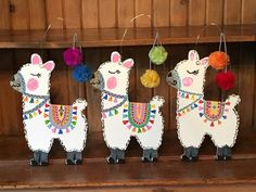 Llama Alpaca MDF with wire hanger door hanger wall sign with pompoms Summer Crafts, Diy Crafts For Kids, Alpacas, Dragonfly Wall Art, Burlap Door Hangers, Wooden Pattern, Thinking Day, Christmas Wood, Paint Party