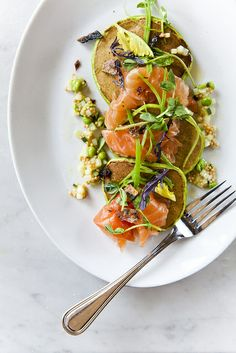Smoked salmon & scallion blini