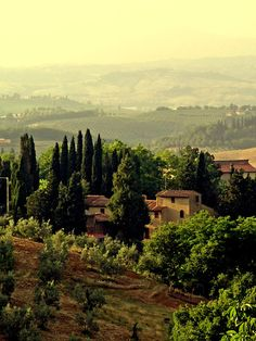 country home, Siena landscape italy Places To Travel, Places To See, Places Around The World, Around The Worlds, Wonderful Places, Beautiful Places, Under The Tuscan Sun, Living In Italy, Exploration
