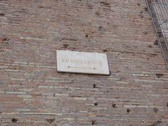 Een bordje naar het frigidarium, het frigidarium is het koude bad