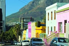Minaret of Auwal Mosque can be seen here - this was the first mosque built in… Colorful Pictures, Virtual Tour, Mosque, Cape Town, South Africa, Fair Grounds, Tours, Building, Travel