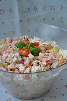 Sałatka z kurczakiem i serem feta - Olcia Gotuje Kampot, Tortellini, Potato Salad, Salads, Food And Drink, Potatoes, Ethnic Recipes, Impreza, Diet