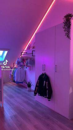 Room Design Bedroom, Room Ideas Bedroom, Bedroom Inspo, Teen Bedroom, Bedroom Decor, Chill Room, Cozy Room, Indie Room Decor, Neon Room