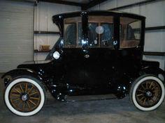 1913 Rauch & Lang Dual drive Electric Car