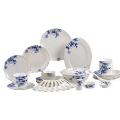 Dinnerware Set Chinese New Year Decorating Ideas, Decor Products, Accents & Accessories Chinese Holidays, Chinese New Year, Decorative Accents, Decorative Plates, Traditional Dinnerware, Chinese Interior, Oriental Decor, Decorating Ideas, Decor Ideas