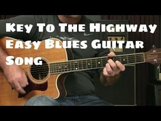 Beginning Blues Guitar Lesson - How To Play Key To The Highway Easy Arrangement Guitar Tabs Songs, Guitar Notes, Guitar Tips, Flamenco Guitar Lessons, Blues Guitar Lessons, Guitar Chords And Scales, Learn Guitar Chords, Eric Clapton Blues, Fingerstyle Guitar Lessons