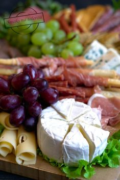 Deska serów i wędlin – Smaki na talerzu Eclair, Chorizo, Kiwi, Cheddar, Camembert Cheese, Grilling, Dairy, Health, Food