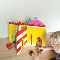 Five Cardboard Kid's Crafts for Earth Day Kids Crafts, Craft Activities For Kids, Craft Projects, Cardboard Castle, Cardboard Crafts, Paper Crafts, Cardboard Recycling, Cardboard Houses, Little Presents