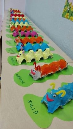 Good Images preschool crafts caterpillar Ideas This page has SO MANY Kids crafts which have been acceptable for Toddler and Preschoolers. I think it's time time pe Kids Crafts, Daycare Crafts, Summer Crafts, Cute Crafts, Toddler Crafts, Preschool Crafts, Easy Crafts, Diy And Crafts, Paper Crafts