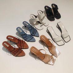de935216 Chaussure, Mode, Mode Des Années 90, Chaussures De Mode, Tenues À La