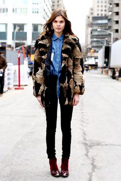 nyc-ontheroad:  Fashion/street style blog, needing to follow more similar blogs! Message me to check out your blog! Xx