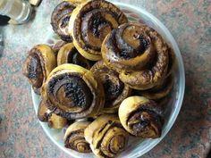 Szuper gyors kakaós csiga, ahogy mi szeretjük Pancakes, Muffin, Breakfast, Food, Morning Coffee, Essen, Pancake, Muffins, Meals