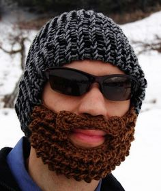 Please knit me this bearded tuque