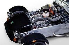 Motor Suzuki para el nuevo Caterham Seven - http://www.actualidadmotor.com/2013/08/05/motor-suzuki-para-el-nuevo-caterham-seven/