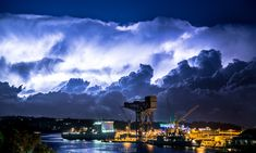 What about these wonderfully wild skies above Woolloomooloo, NSW? | 29 Pictures That Prove Australia's Skies Are Batshit Insane