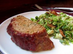 Turkey meatloaf.. gonna try this with cranberry sauce on top intead of ketchup!! yum...