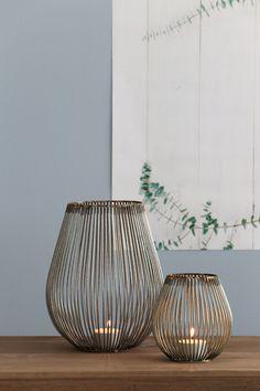Kitsch, Interiors Online, Coffee And Books, Scandinavian Living, Interior Lighting, Fairy Lights, Home Organization, Staging, Beautiful Homes
