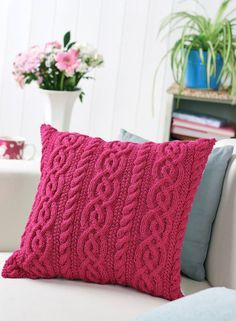Knitted Cushion Covers, Knitted Cushions, Cushion Pads, Knitting Patterns Free, Free Knitting, Handmade Cushions, Yarn Colors, Floral Fabric, Needlework