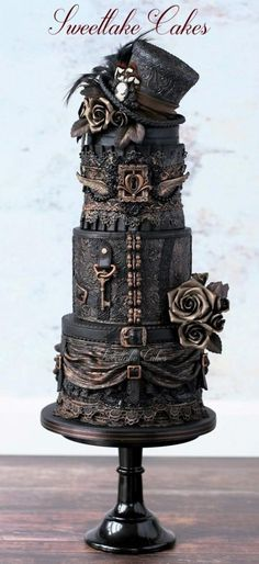 Absolutely love this steampunk themed cake idea! 20 Awesomely Made Steampunk Wedding Cakes - Steampunko Steampunk Wedding Cake, Gothic Wedding Cake, Gothic Cake, Crazy Wedding Cakes, Camo Wedding, Trendy Wedding, Gorgeous Cakes, Pretty Cakes, Cute Cakes