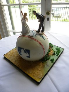 .adorable..what a grooms cake