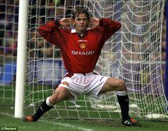 David Beckham celebrates at Stamford Bridge