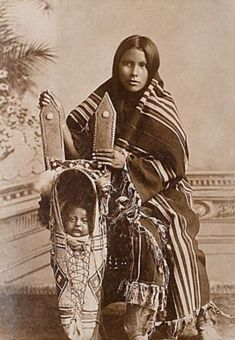 An old photograph of a Kiowa Mother and Child. #AmericanIndians