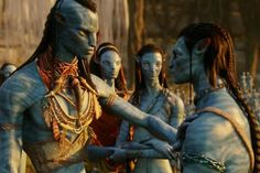 James Cameron says he's in full-tilt production on his four Avatar sequels with the cast arriving to shoot in September. Avatar Costumes, Avatar Cosplay, Stephen Lang, Michelle Rodriguez, Zoe Saldana, Avatar James Cameron, Avatar Tattoo, Avatar Poster, Avatar Movie