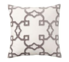 Trellis Velvet Appliqué Pillow Cover, 20x20