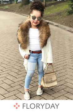 Children's designer clothes – nice image – Kids Fashion Cute Little Girls Outfits, Kids Outfits Girls, Toddler Outfits, Stylish Baby Girls, Cute Kids Fashion, Little Girl Fashion, Toddler Fashion, Moda Kids, Outfits Niños