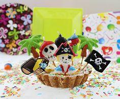 Świeczki urodzinowe Piraci - 8 szt. - Kod produktu: SWPIR-MM - Cena: 8,75 zł - ŚWIECZKI i FONTANNY URODZINOWE ŚWIECZKI PIKERY - Sklep internetowy PartyShop Congee.pl