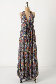 Anthro. Maxi dresses are completely in style right now, and this one is amazing because of the soft, muted colors and the way the skirt flows. Wow that beautiful floral dress for my new pregnancy. floral dress pregnancy, pregnant floral dress, pregnant floral clothes