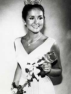 Miss America 1976 - Tawny Godin (NY)
