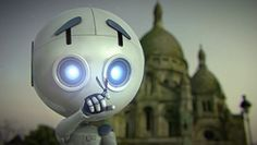Film réalisé par des étudiants.  Léo, robot de compagnie Hi-Tech, erre seul à Paris suite à la mystérieuse disparition de toute espèce vivante. Il passe ses journées à essayer de se distraire mais en vain. Jusqu'au jour où il fait la rencontre d'un nouvel être vivant… - Leo, a Hi-Tech 'pet' robot, wanders alone in Paris following the mysterious disappearance of nearly all ...