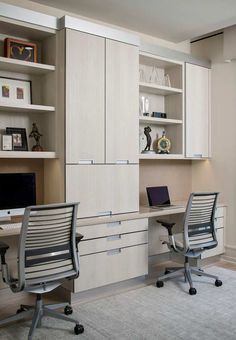Find and save ideas about Home office on our site. See more ideas about Office room ideas, Office ideas and At home office ideas. Mesa Home Office, Home Office Furniture Desk, Home Office Table, Home Office Space, Home Office Desks, Furniture Layout, Small Home Offices, Bedroom Furniture, Contemporary Office Chairs