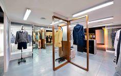 Retail VM   Visual Merchandising   Retail Display   Retail Fashion Display   VM Fashion   Retail Design   hong kong: i.t concept store opening